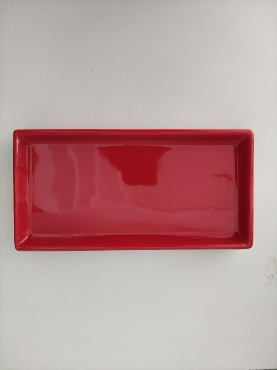 Prato retangular vermelho P