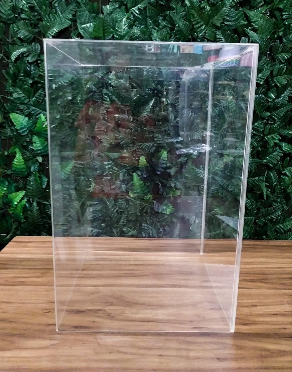 Cubo acrílico médio 38x58